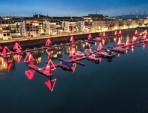Lichtinstallation in der Marina im Zollhafen